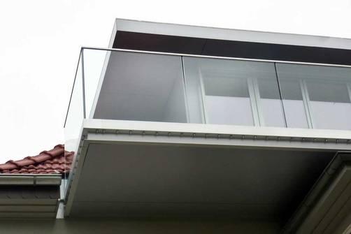 """""""Dachausbau""""   Umbau und Sanierung Zweifamilienhaus (Bild 2/8)"""