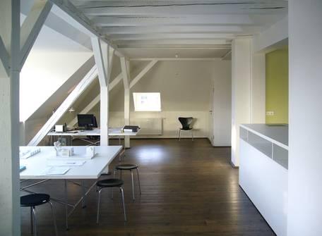 Rathenauplatz 12 | Wohn- und Ärtztehaus - Innenraumplanung (Bild 5/8)