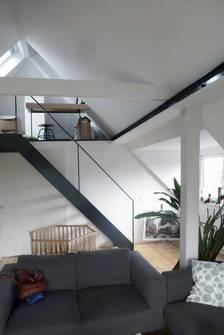 """""""Dachausbau""""   Umbau und Sanierung Zweifamilienhaus (Bild 4/8)"""